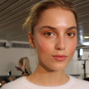 Learn about the basics of skincare with this step-by-step guide, and how you should build your skincare routine for day and night.
