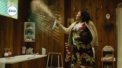 "2017 Febreze Super Bowl 51 (LI) TV Commercial ""Bathroom Break"""