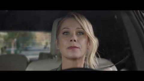 2019 M&M's – Bad Passengers with Christina Applegate