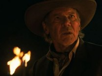 Cowboys & Aliens Super Bowl XLV Commercial [VIDEO]
