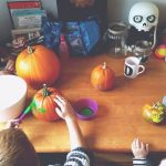 painting-pumpkins