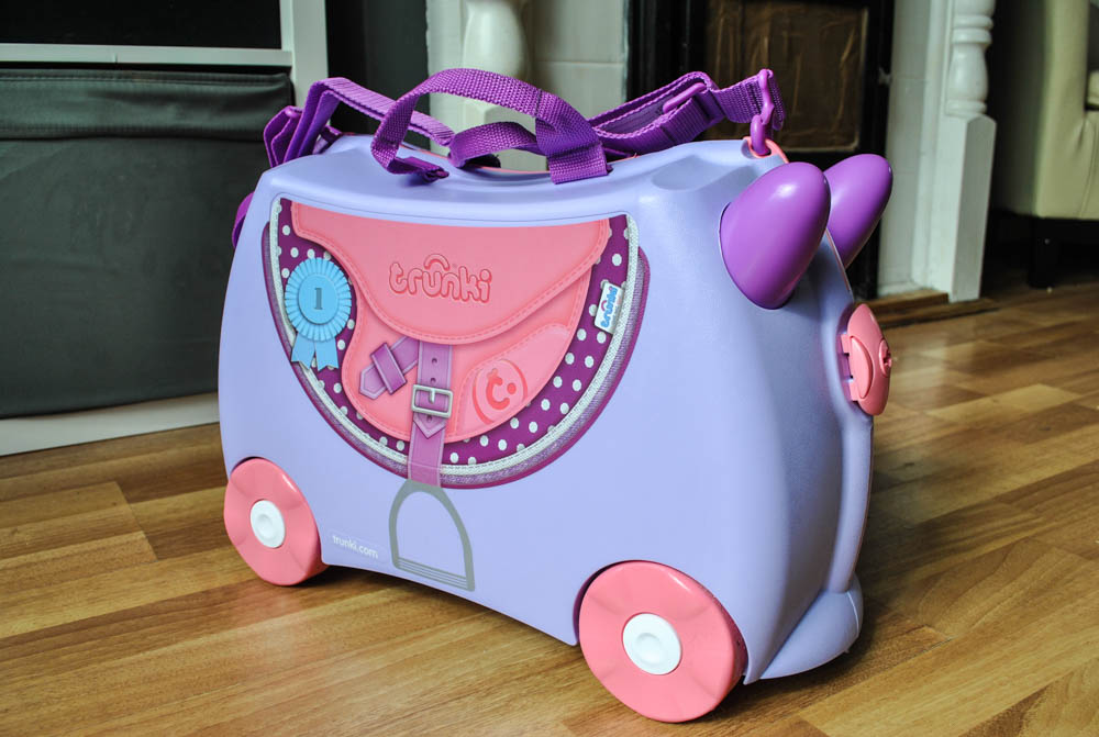Bluebell the Horse Trunki – Ride On suitcase | Review {& giveaway!}