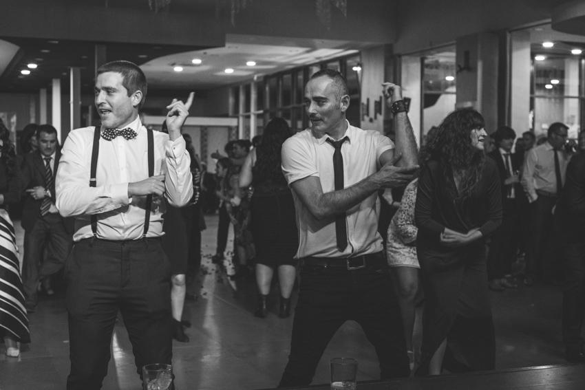 Amigos bailando en una boda, Supercastizo, Jaen, Hotel ACG