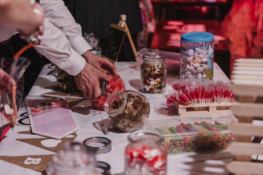 detalle mesa de chuches boda