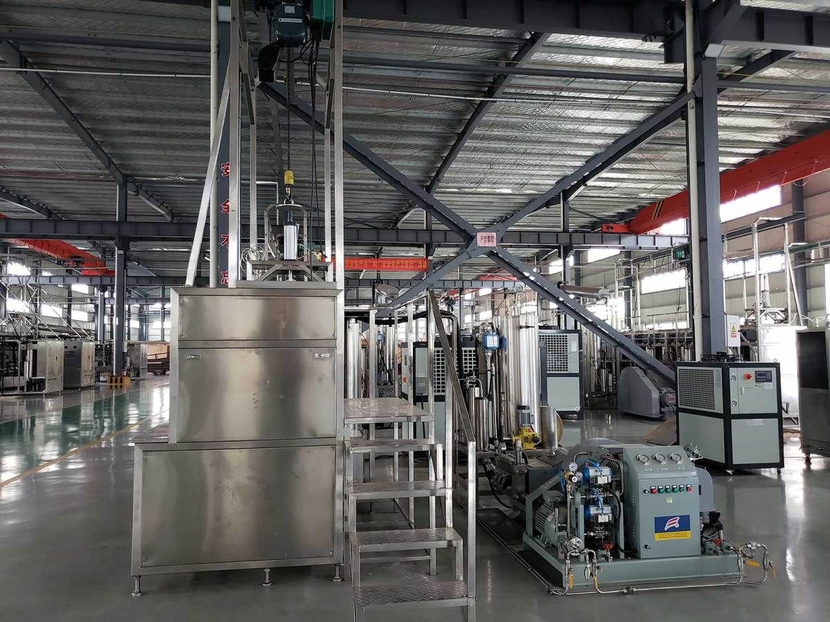 100L Supercritical CO2 Extraction Equipment