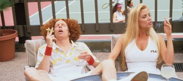 Just so you know, ladies, Carrot Top is single!