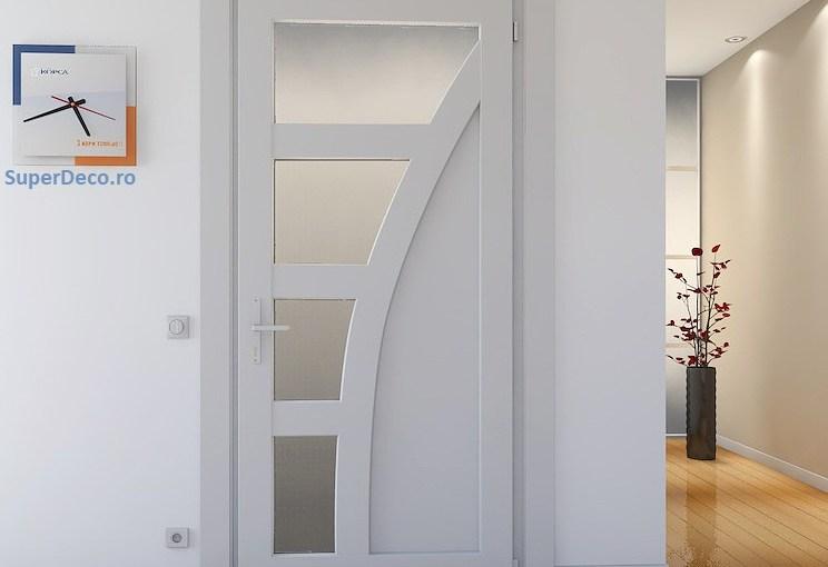 9 modele de usi din pvc albe si maro perfecte pentru casa ta