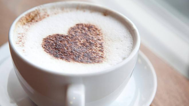 How to make a perfect chocolate heart on coffee superfoodsrx how to make a perfect chocolate heart on coffee voltagebd Images