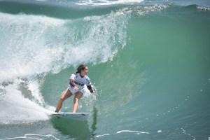 SGP18sat_@petesantosphoto_SURF_Manuel_15