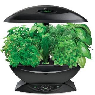 Miracle Gro AeroGarden 7 Pod Indoor Garden with Gourmet Herb Seed Kit