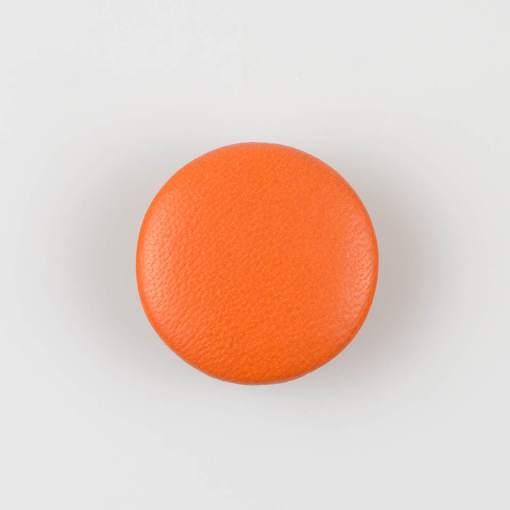 Guzik pomarańczowy obciągany skórą cielęcą 32 mm