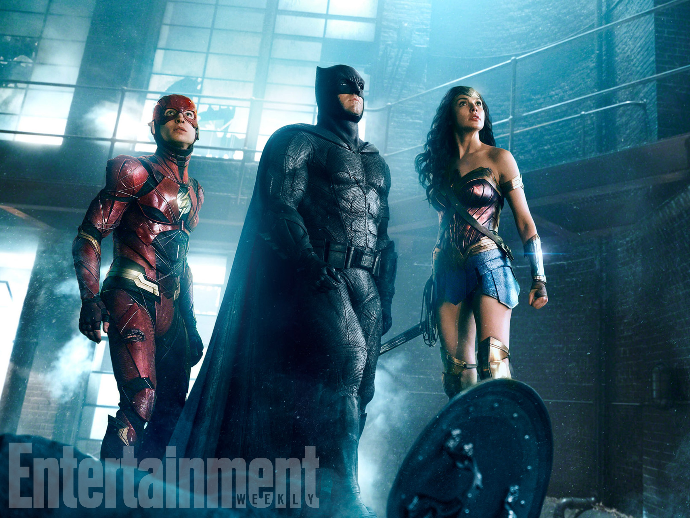 New Official Photo Of Batman Wonder Woman And Flash From Justice