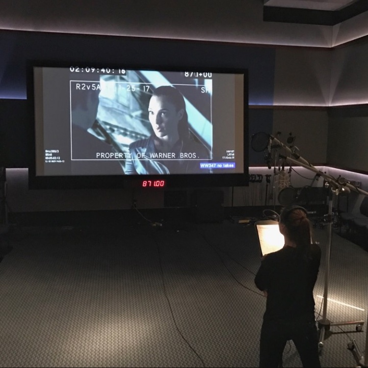 Zack Snyder shares a scene from \'Justice League\' from the editing ...