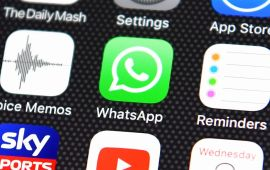 WhatsApp now lets you share your location in real time
