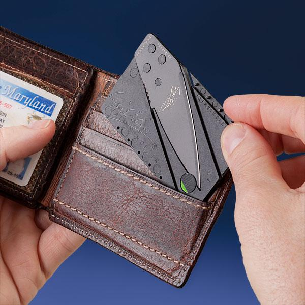 cardsharp_2_credit_card_pocket_knife_1