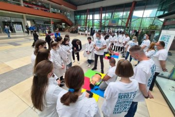 FOTO: U Zenici obilježen Međunarodni dan sestrinstva