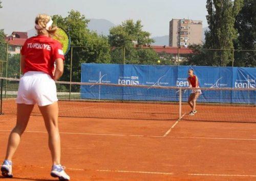 TENIS: Bh. teniserke u polufinalu poražene od selekcije Mađarske
