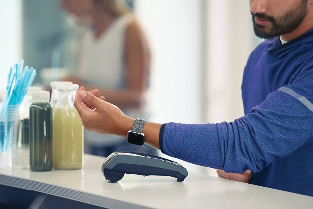 Superior Digital News Review | Fitbit Versa