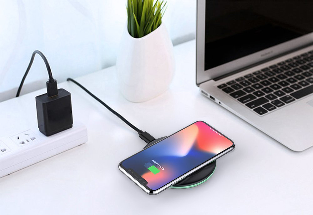 65% OFF Yootech Wireless Charger For New iPhone XS & XS Max