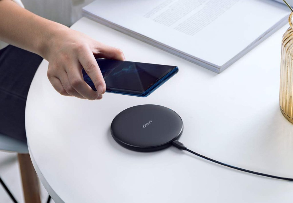 Anker Wireless Charger - Premium Design & Finish
