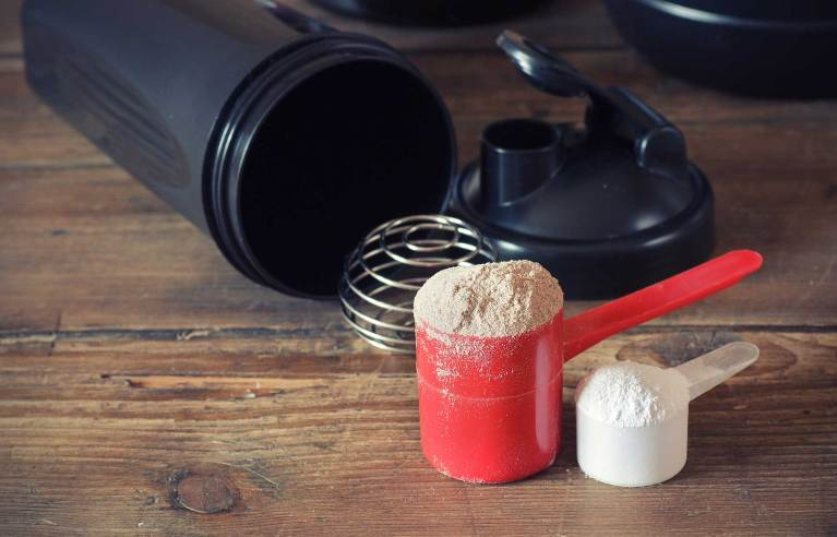 Read more about the article Top 5 Meal Replacement Shakes | KOS vs Garden of Life vs Pure Food