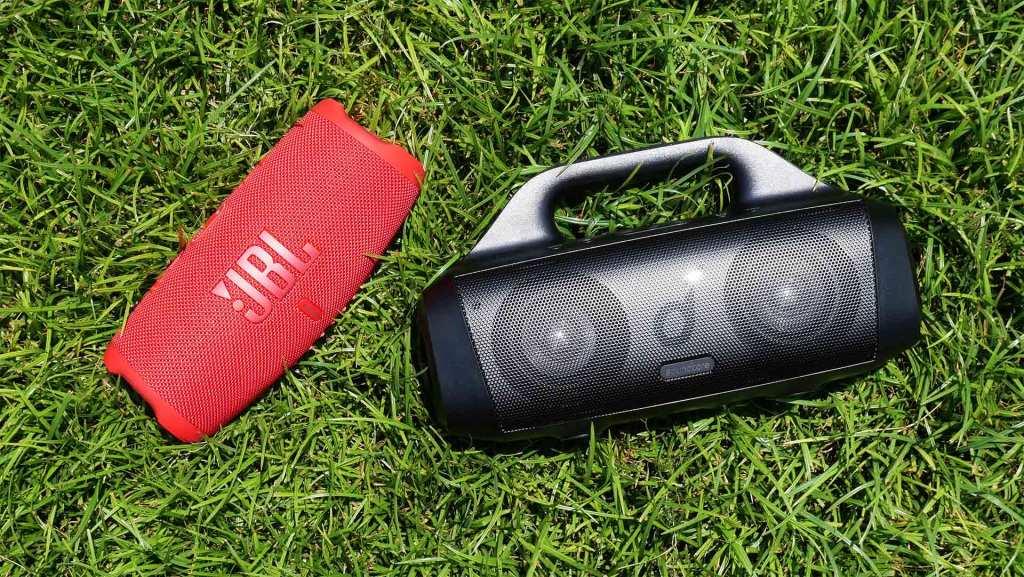 Best Portable Bluetooth Speakers 2021 | JBL vs Anker vs Bose
