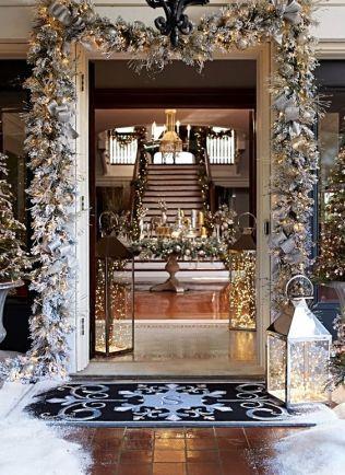 glam-foyer