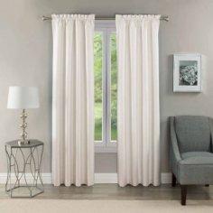 girl curtain