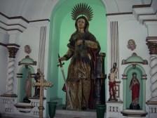 Heiligenstatue, aufgenommen im Fortaleza de Santa Cruz da Barra