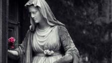 Darmstadt - Alter Friedhof - Statue #1