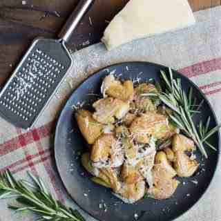 garlic smashed potatoes with rosemary & parmesan | superman cooks