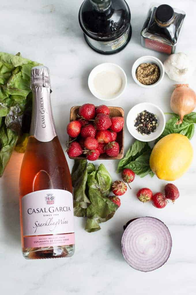 summer strawberry salad with champagne vinaigrette | superman cooks