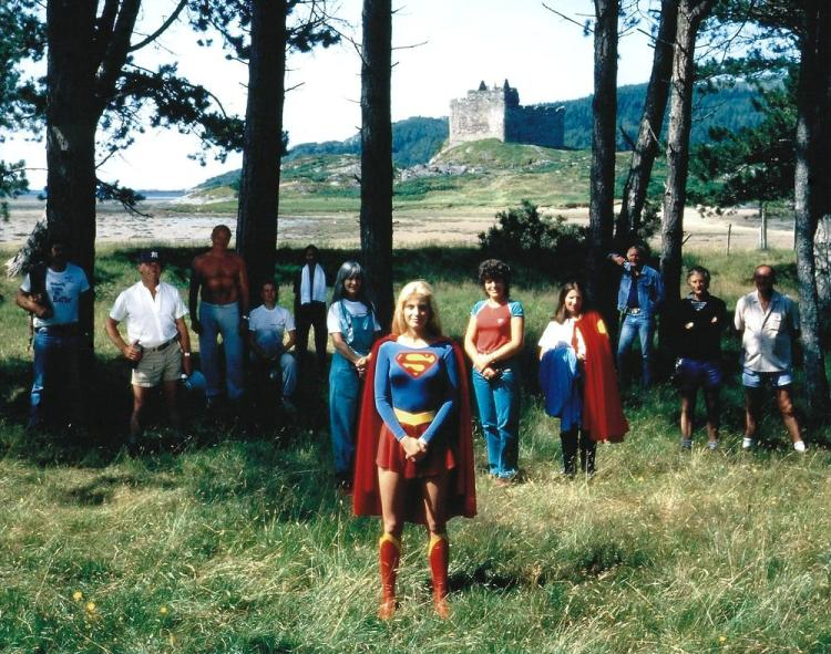 Supergirl_Crew-001