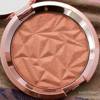 "BECCA Shimmering Skin Perfector Pressed in ""Blushed Copper"""