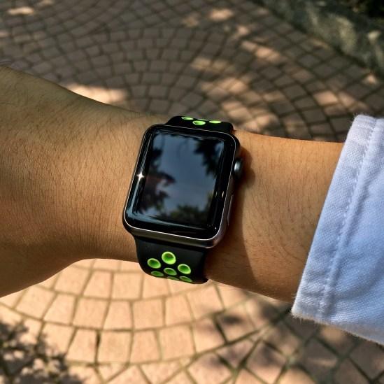nike-band-black-green-1
