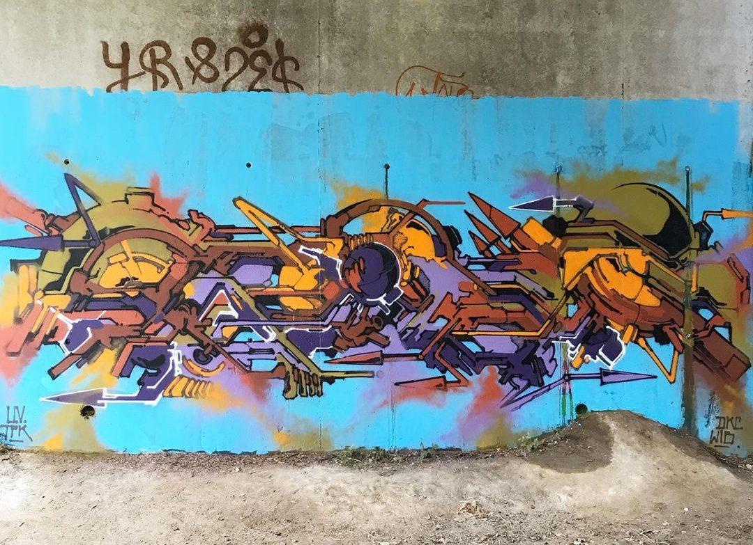 L'interview de Babs, un univers néo-graffiti qui casse les codes