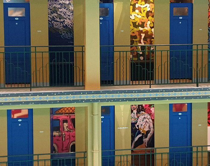 Une ancienne piscine parisienne reconvertie en galerie street-art