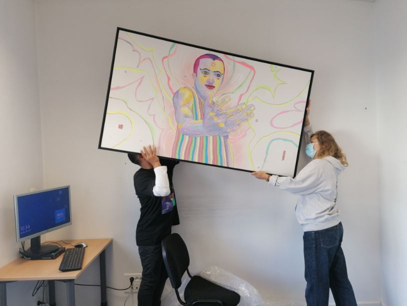 Installation du tableau de Yandy Graffer_Hôpital de la Croix-Rousse (2)