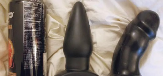 Tantus Ringo review: huge butt plug used vaginally 10