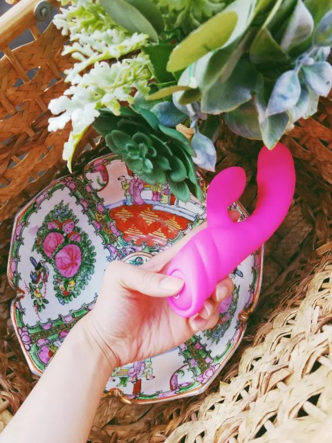 Nalone Pure X2 inflatable silicone rabbit vibrator review 11