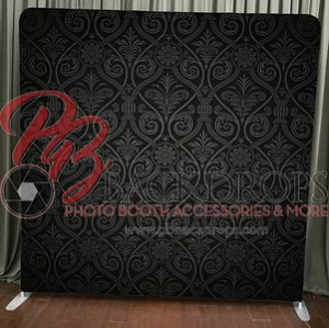 Pillow_Pocket_-_Black_Damask_PB_Watermark__56022.1520354119-S
