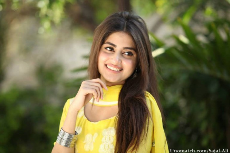 Sajal Ali Bio, Age, Height, Boyfriend, Weight, Facts - Sajal Ali