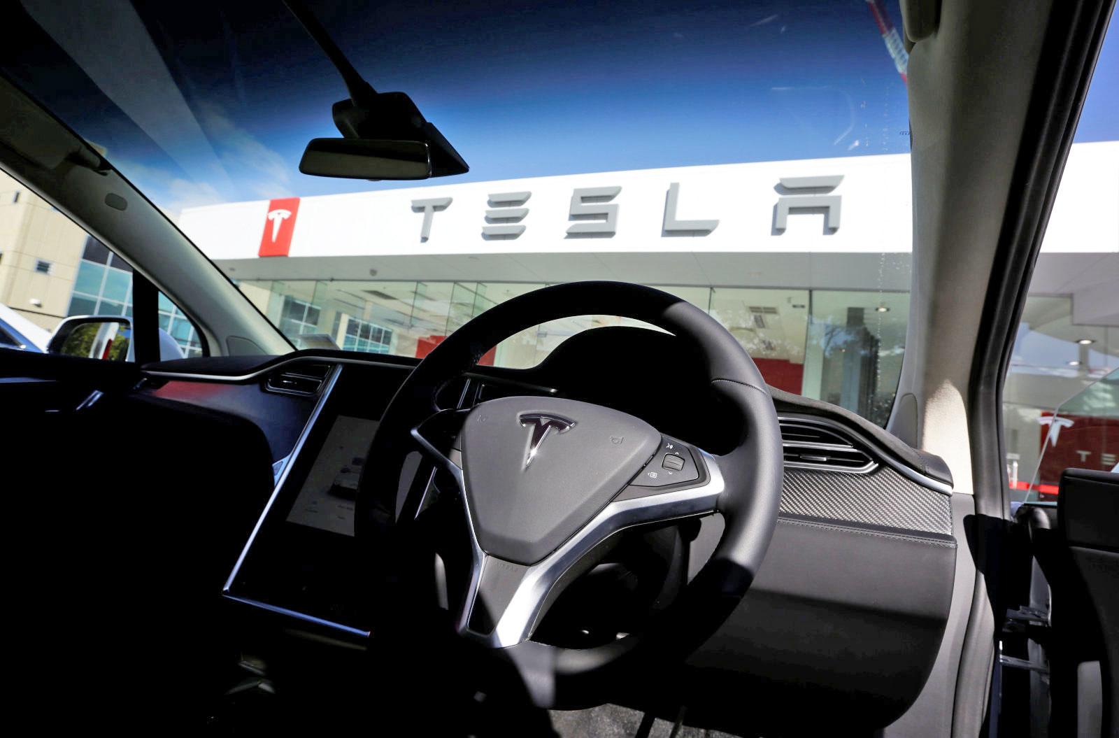 Tesla Music: Dos automóveis para os conteúdos?