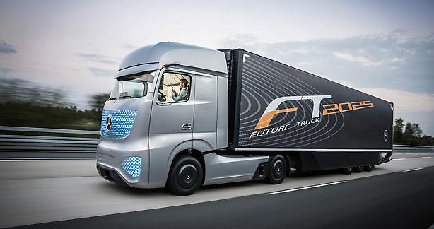 Daimler acelera desenvolvimento de camiões autoguiados