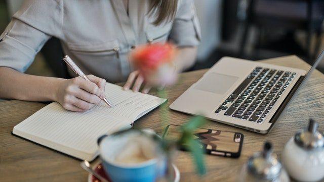 Read more about the article La formation rédacteur web, l'étape indispensable pour une carrière réussie !