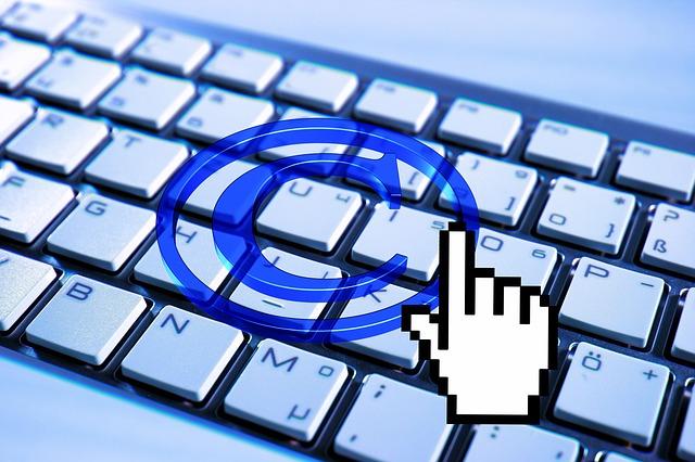 la Charte défend le droit des auteurs