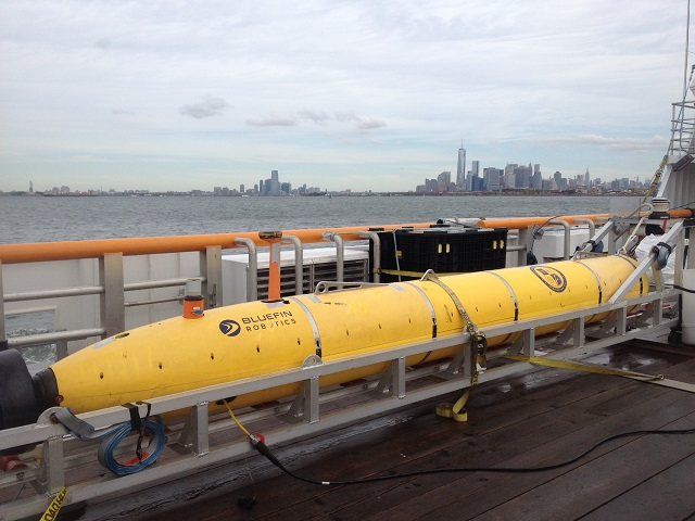 Bluefin_Robotic_Reliant_Heavy_UUV