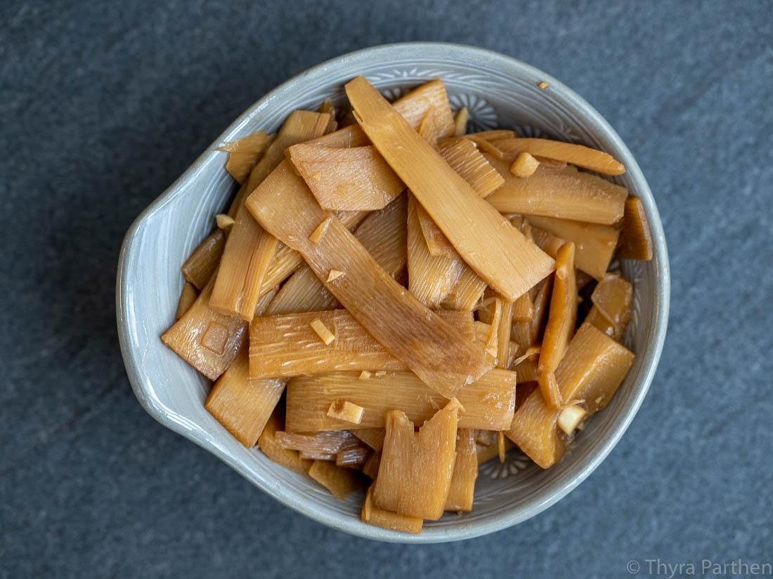 Menma - eingelegte Bambussprossen als Topping für Ramen