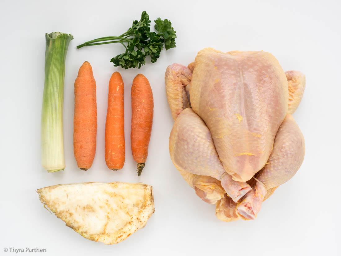 Hühnerbrühe selber kochen