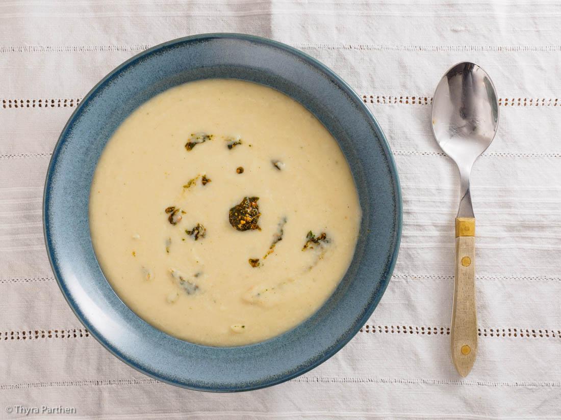 Blumenkohl-Mandelmilch-Suppe